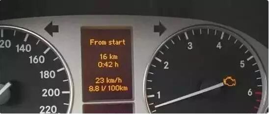 汽车故障指示灯亮表示的含义 汽车发动机故障灯亮处理