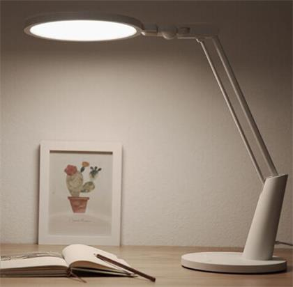led台灯.jpg
